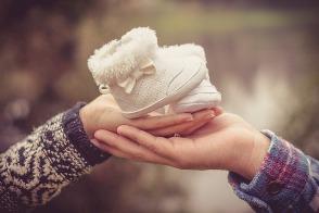 Jakie są najczęstsze przyczyny poronienia, Jak sprawdzić przyczyny poronienia, Jakie są przyczyny poronienia w pierwszych tygodniach ciąży, Czy robić badania po pierwszym poronieniu