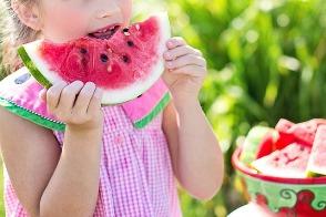 Jakie są objawy celiakii u dzieci, Jakie są typowe objawy celiakii u dzieci, Jakie są nietypowe objawy celiakii u dzieci, Czym grozi zlekceważenie objawów celiakii u dzieci